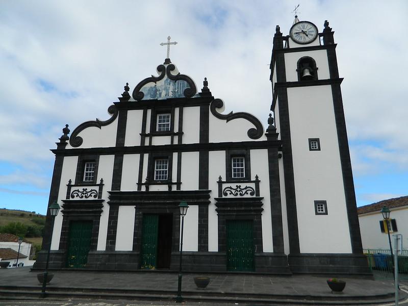 07 iglesia basalto azores