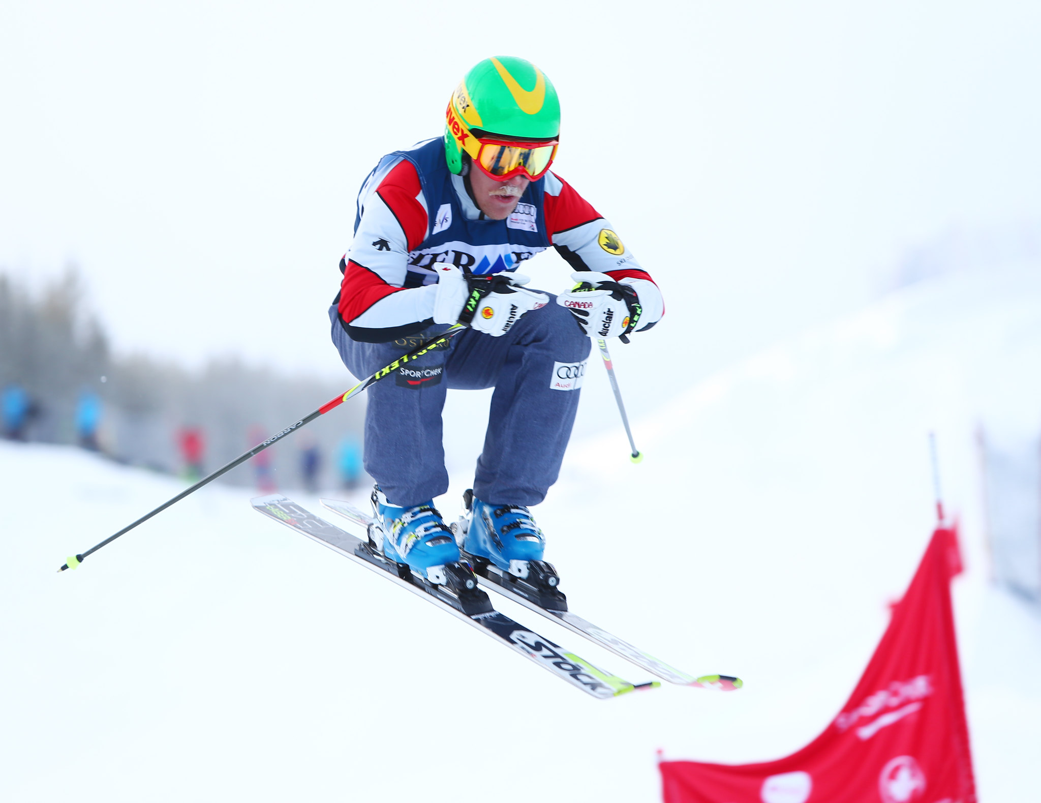 Dave Duncan charges ahead in day 1 of training at the FIS Ski Cross World Cup in Nakiska, CAN
