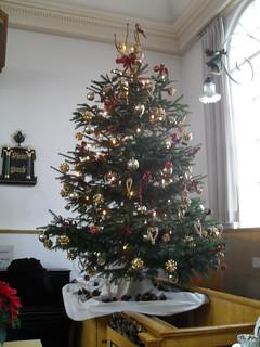 Kerstboom kerk.1