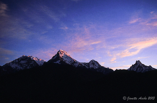 travel nepal mountains film clouds sunrise trekking asia hiking 1988 slide fujifilm pokhara annapurna himalayas scannedslide fishtail poonhill machhapuchhare ghorepani 35mmslidefilm kaski westernregion ghodepani