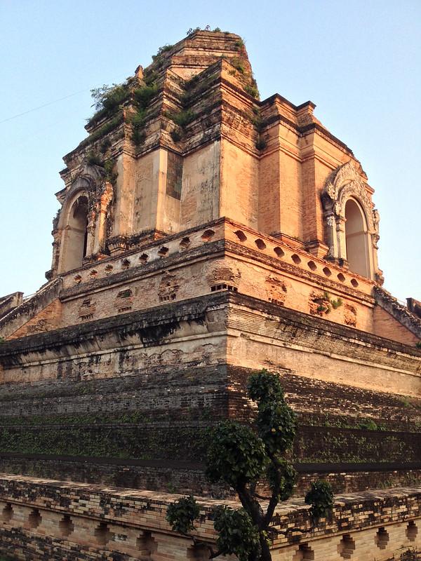 Phra Dhatu Chedi Luang, the Old Pagoda, in 2014