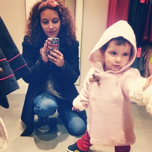 ♥ autour de néné de faire des essayages vestes chez #tao ♥ #tapealoeil #soldes #ootd #look #mode #ourlittlefamily #france