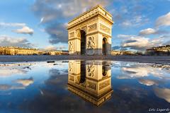 Arc de Triomphe Etoile Mirror Reflection