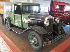 1931 Ford Model A mail truck 3
