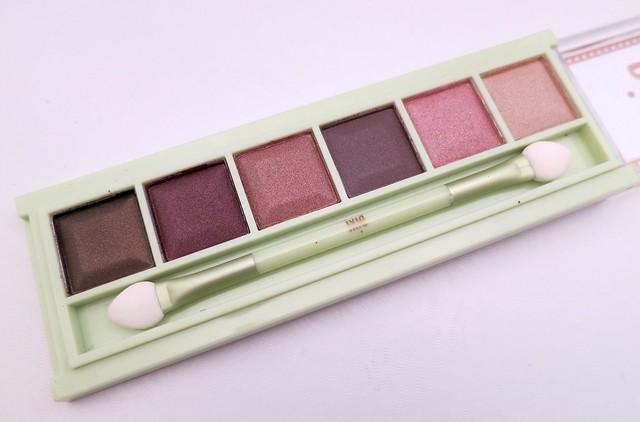 Pixi-Beauty-Mesmerizing-Mineral-Palette-Plum-Quartz