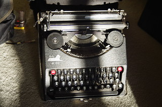 Empire Baby De Luxe Typewriter c1940