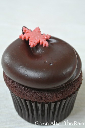 1501 Georgetown Cupcakes at Home 07.57.52