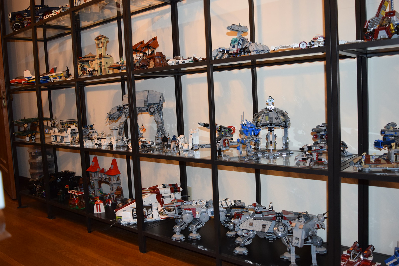 Lego ot 4 everything is awesome page 147 neogaf - Vitrina detolf ...