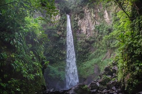 green waterfalls dominica sarisari