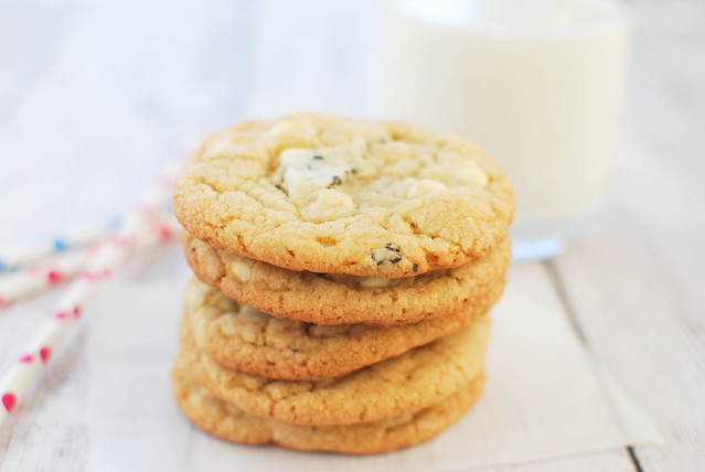 Cookies and Cream Cookies - chopped candy bars and white chocolate chips make these cookies extra delicious!