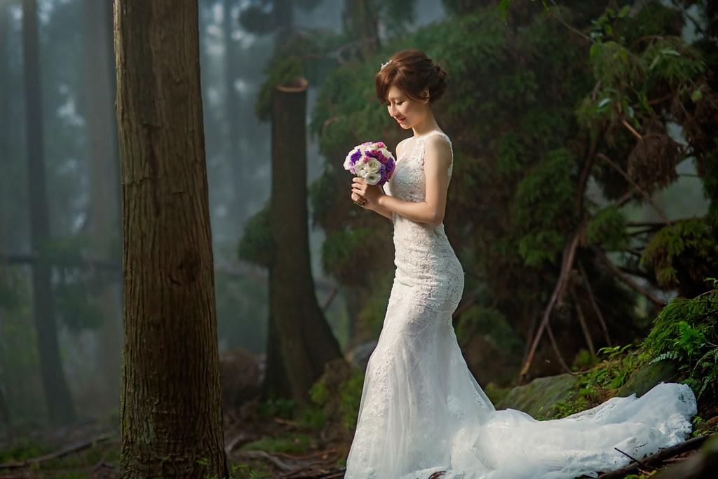 攝影師95,九五工作室,自助婚紗,新秘Giny,ARIESY愛瑞思品牌訂製手工婚紗,陽明山,花卉實驗中心,黑森林,台北新秘.海邊婚紗,森林系,信義區街道