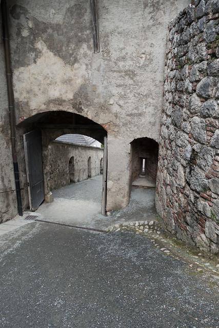 Photo:Castle driveway By quinet