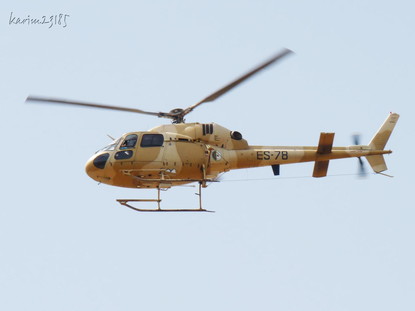 صور مروحيات القوات الجوية الجزائرية Ecureuil/Fennec ] AS-355N2 / AS-555N ] - صفحة 6 27365885781_fb5d9c1ac8_o