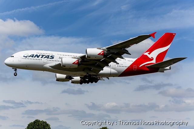 Qantas, VH-OQA