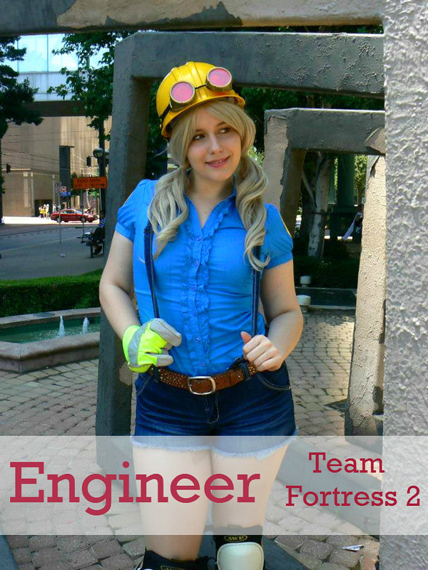 Female Engineer from Team Fortress 2 Cosplay
