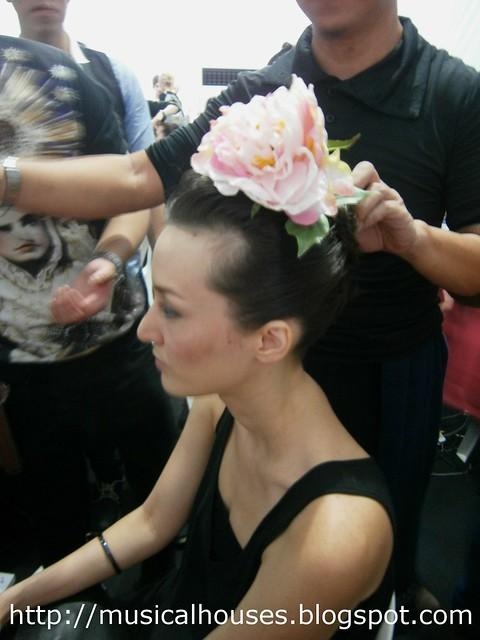 Samsung FSO backstage hair