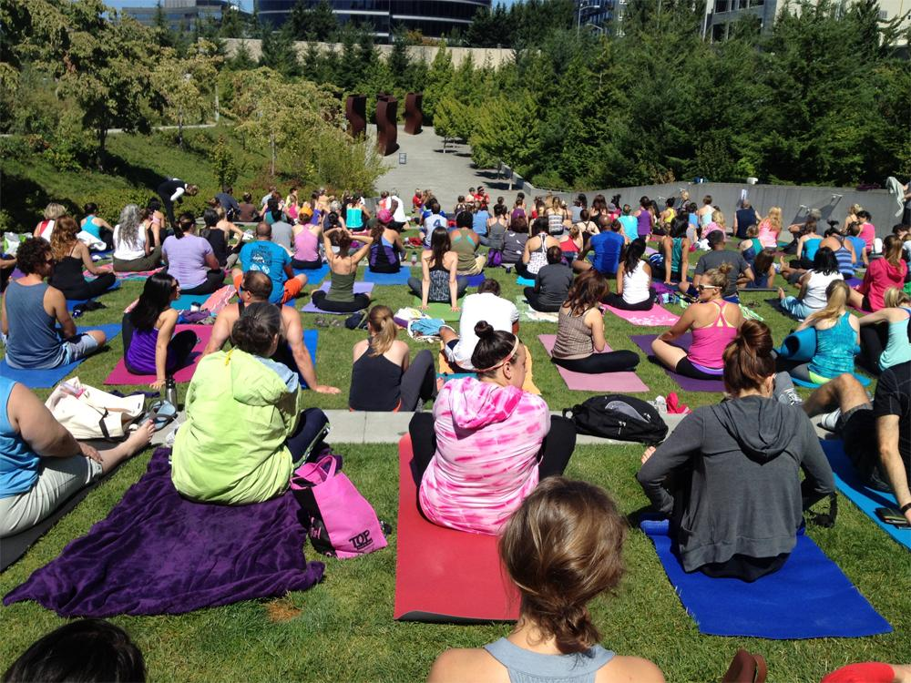 Free Yoga at Olympic Sculpture Park 2
