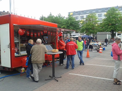 SPD Flohmarkt in Harburg 2013