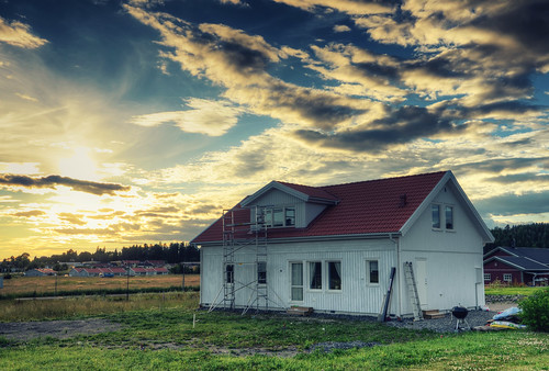 door windows roof sunset house building grass clouds landscape construction day cloudy sweden menacing lawn doom sverige ladder hdr gnesta