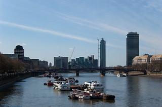Vue sur la Tamise et le Lambeth Bridge depuis le Westminster Bridge
