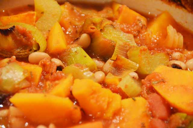 black eye bean stew with vegetables