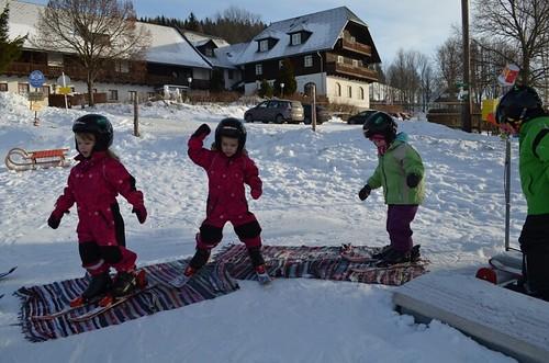 Kinder-Skikurs am Ponyhof