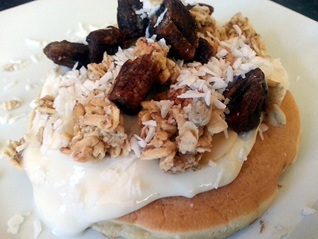 Granola, yoghurt, banana and coconut pancake