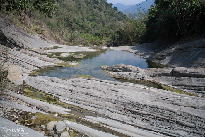 台南私藏景點--關山千層岩瀑布、幽情瀑布 (9)