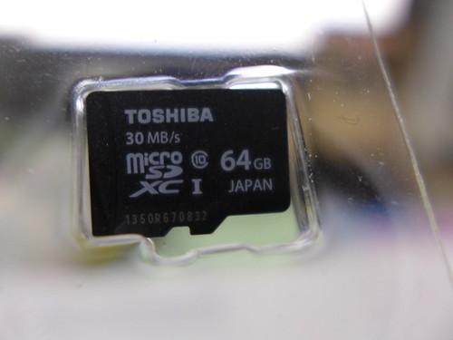 Toshiba 64Gb microSD uhs-1