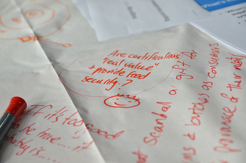 Table notes - on the table clothes