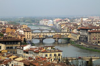 VIEW OF PONTE VECCHIO AND ARNO RIVER FROM PIAZZALE MICHELANGELO, FLORENCE, ITALY