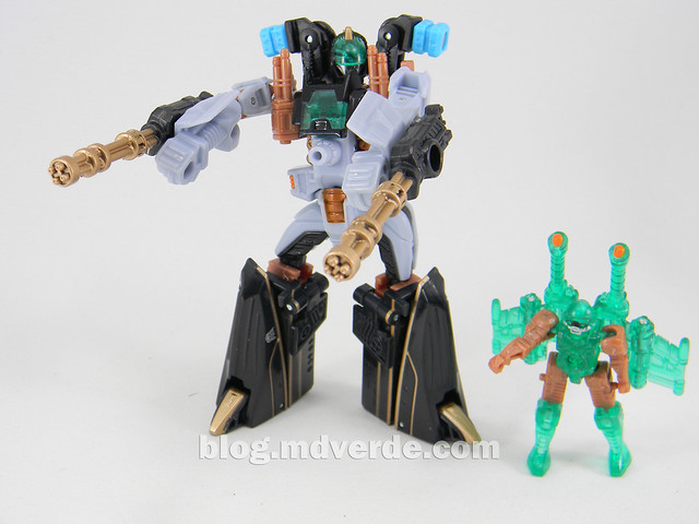Transformers Undertow con Waterlog Power Core Combiners - modo robot vs Waterlog