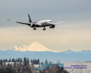 LAN AIRLINES' BOEING 787-8 CC-BGA ON FINAL OVER MOUNT BAKER