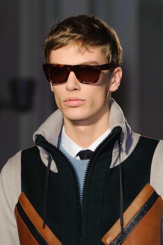 Marc Schulze3098_FW15 Paris Valentino(fashionising.com)