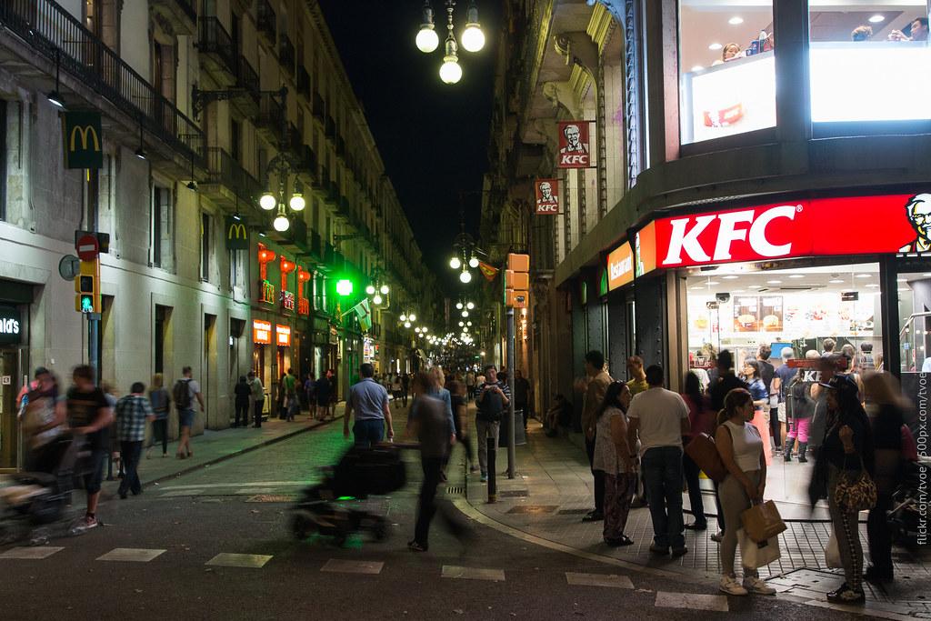 KFC в Барселоне на бульваре Рамблас