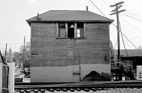 railroads norfolkwestern conrail charlestonillinois railroadstructures railroadinterlockingtowers cotower