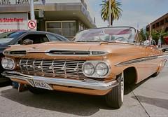 A 1959 Chevrolet Impala Convertible - Fuji GSW690II - Reala 100