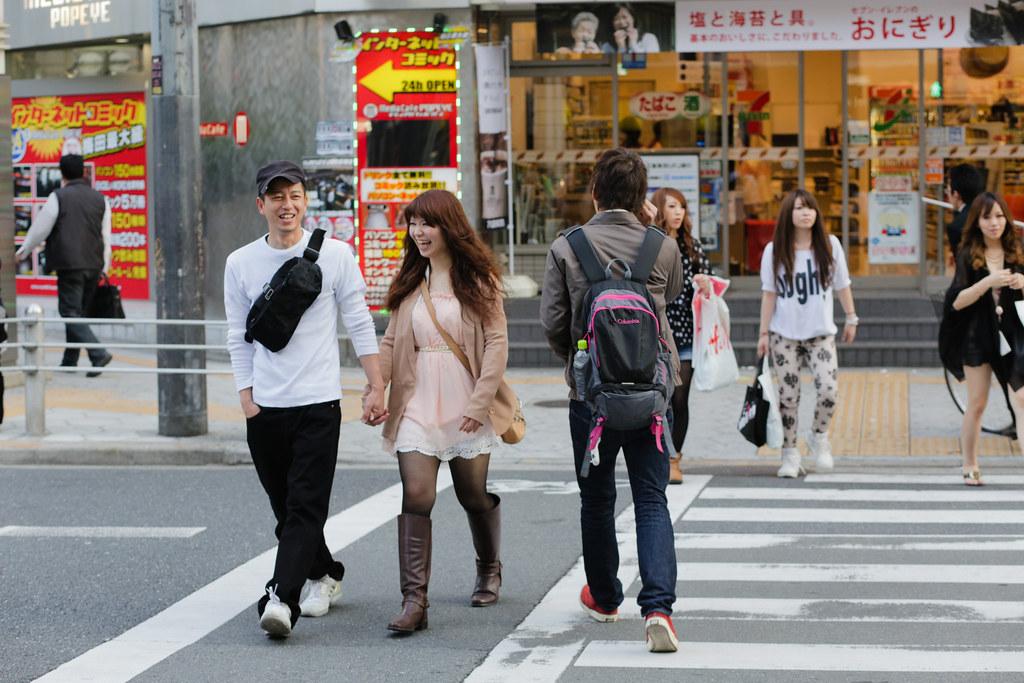 Sonezaki 2 Chome, Osaka-shi, Kita-ku, Osaka Prefecture, Japan, 0.004 sec (1/250), f/5.0, 85 mm, EF85mm f/1.8 USM