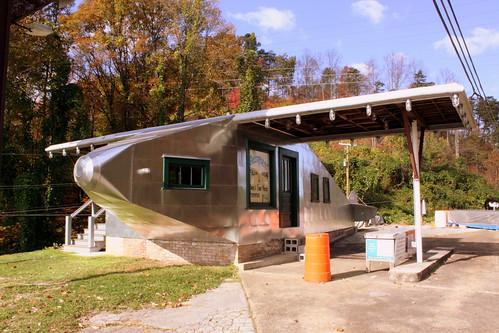 Aeroplane Filling Station - Powell, TN