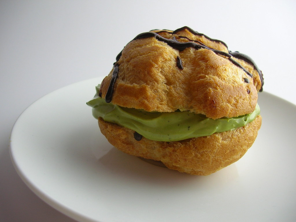 must eats in Kyoto Matcha Cream Puff