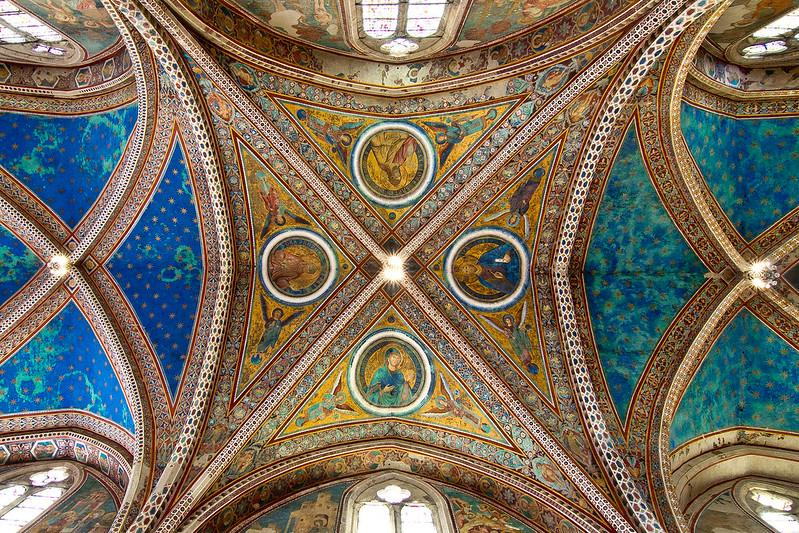 Ceiling of Basilica of San Francesco d'Assisi
