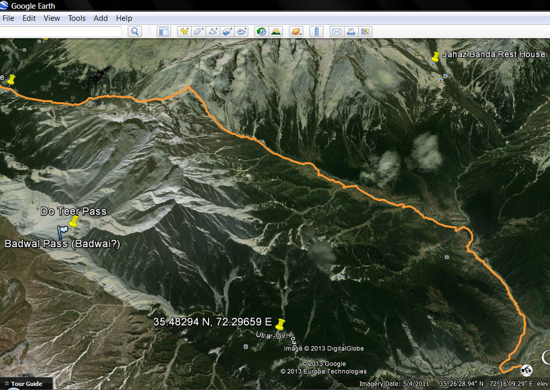 Across the Badawi Pass on a V-Strom - 9298776495 39a01f61a3 o