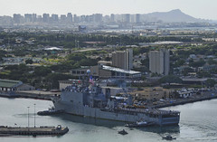 USS Pearl Harbor (LSD 52) arrives for a visit in Pearl Harbor Aug. 16 after completing the annual Pacific Partnership mission. (U.S. Navy photo by Mass Communication Specialist 2nd Class David Kolmel)