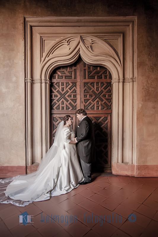 Post-boda Inmaculada y Juan. Gudalupe, Cáceres. © keimagen fotografia