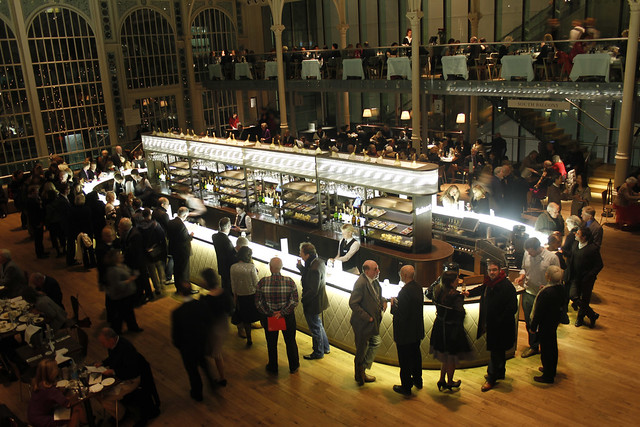The Paul Hamlyn Hall Champagne Bar in the Royal Opera House © Royal Opera House Restaurants