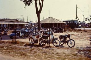 Khu lăng Cha Cả 1971/72 - Photo by Rob VFP
