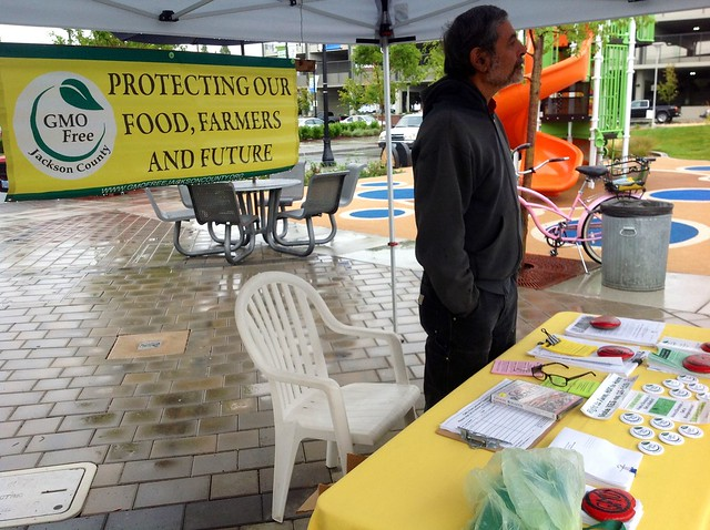 GMO Information Table in Medford, Oregon