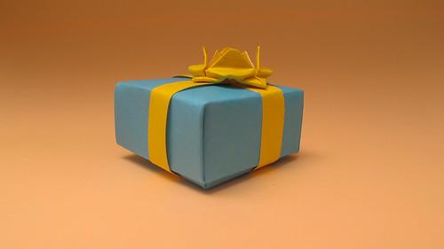 กล่องของขวัญสำหรับวันปีใหม่ 01