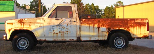 ford rusty northcarolina fordf150 cumberlandcounty fordmotorcompany hopemills whitepickuptruck rustypickuptruck rustyford legionroad southviewquicklube