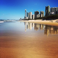 Arvo #beachwalk #beachlife #niceday #blueskies #goldcoast #surfersparadise